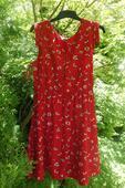Červené elegantní šaty s květinovým vzorem APRICOT, 42
