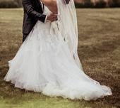 Bílé svatební šaty Pronovias Leonie, vel 34-36, 36