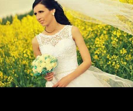 Predávam krásne svadobné šaty... - Obrázok č. 1