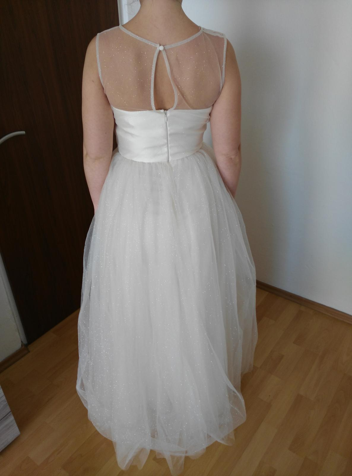 Trblietavé svadobné šaty- chi chi london - Obrázok č. 3