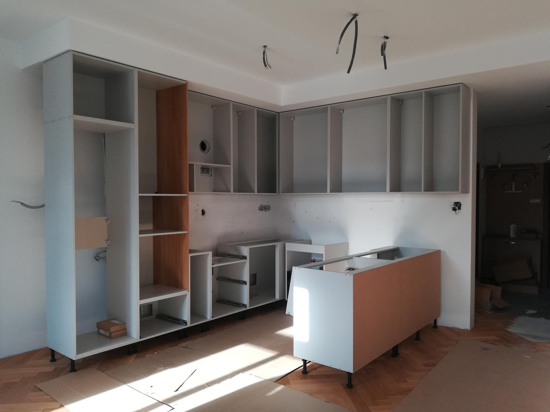 Kuchyňa 2 - Už to bude.