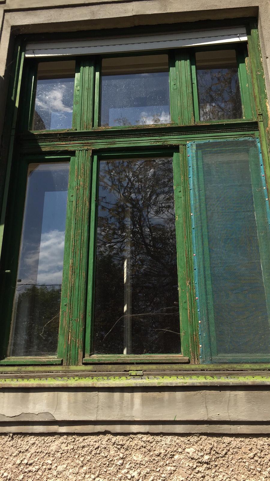"""Jeden kus histórie - Tie okna dostanú """"co proto"""" :)"""