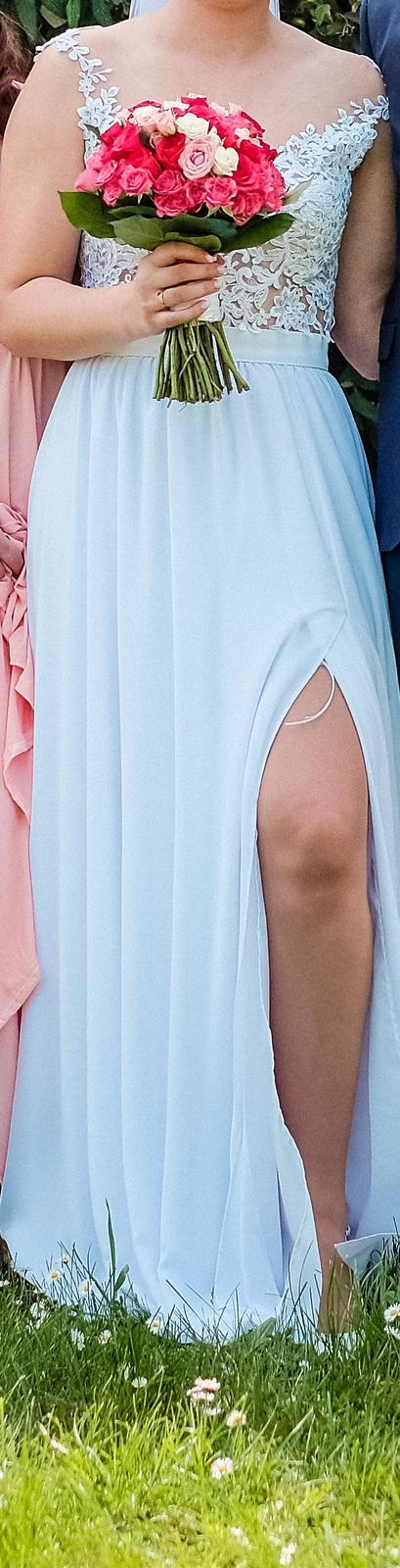 Krajkové svatební šaty s vlečkou - Obrázek č. 3