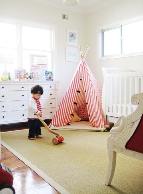 Dětský pokoj... - stan pro odrostlejší indiány :)
