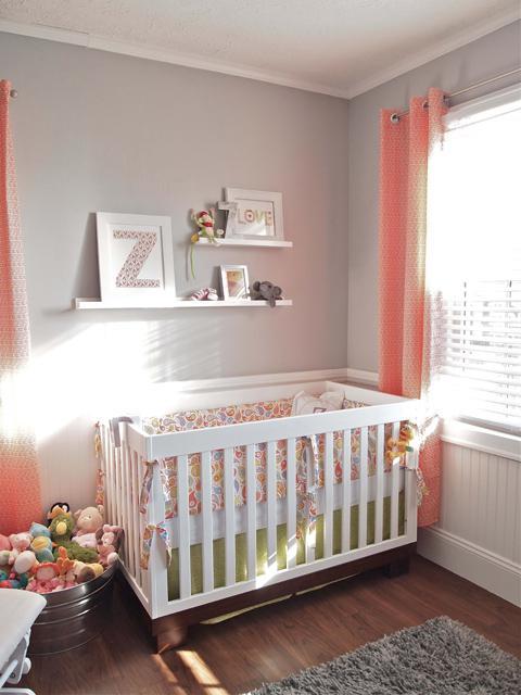 Dětský pokoj... - a zase šedá na stěně
