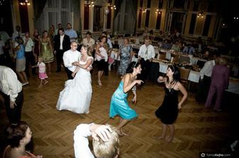 svatba  byla jedna velká pařba