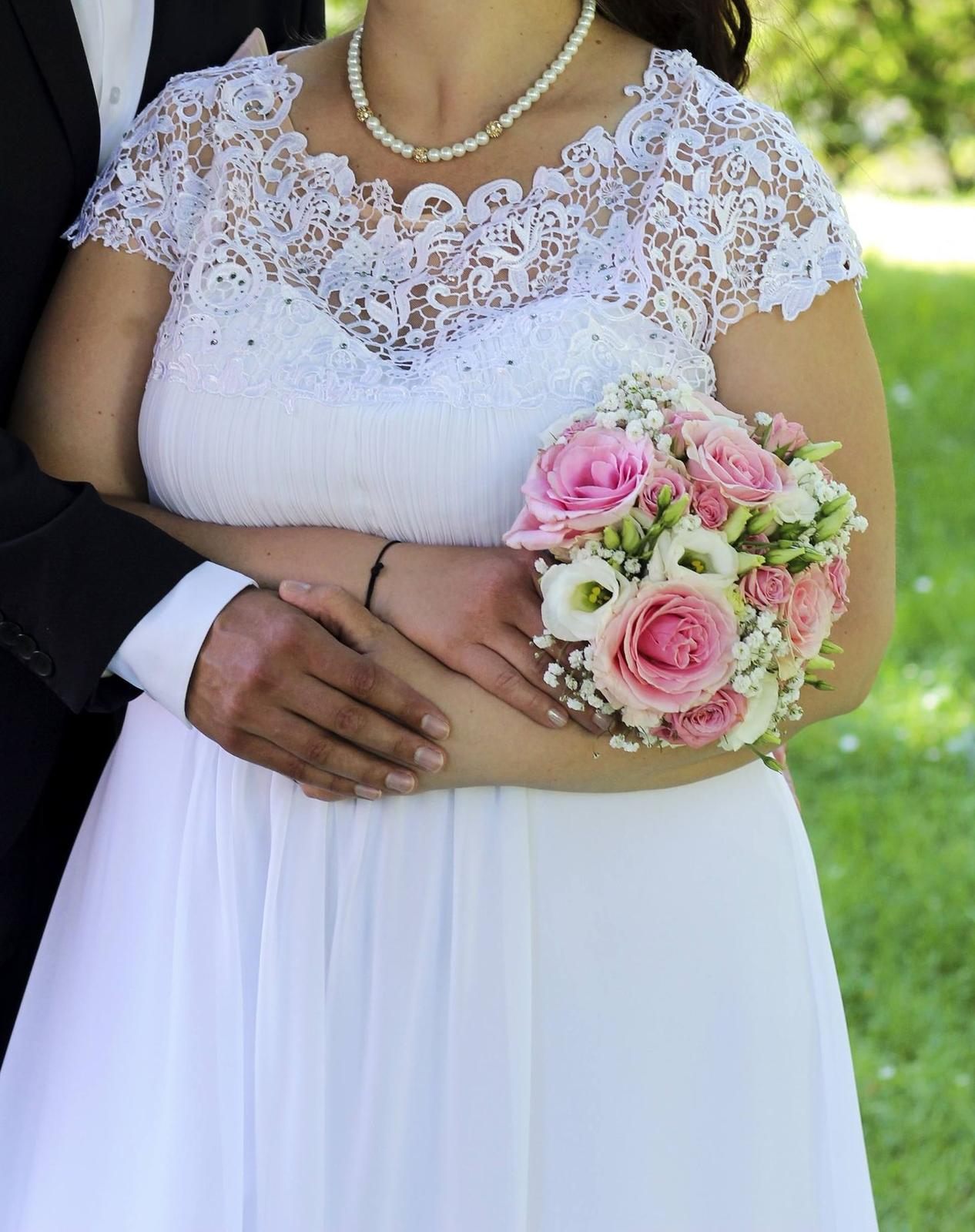 Svatební šaty vel. 48 - TOP STAV - Obrázek č. 1