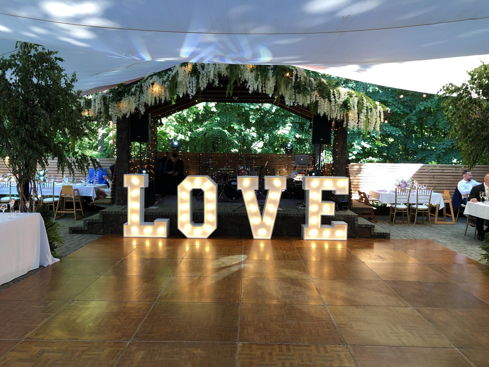 3dekoracie - svetelný 3D nápis LOVE