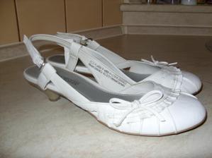 z jiného úhlu mé botky:-))