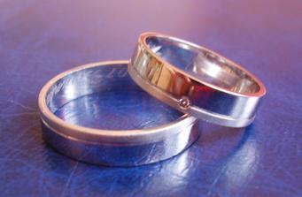 To jsou naše prstýnky ...