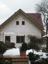 a náš domeček ze strany jak ho vidí sousedi :)