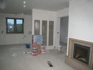 vymalovaný strop v obýváku...
