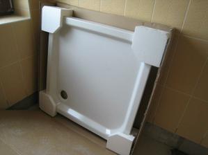 sprchová vanička do spodní koupelny