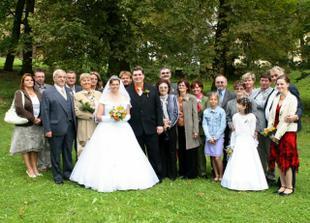 s rodinou ženicha