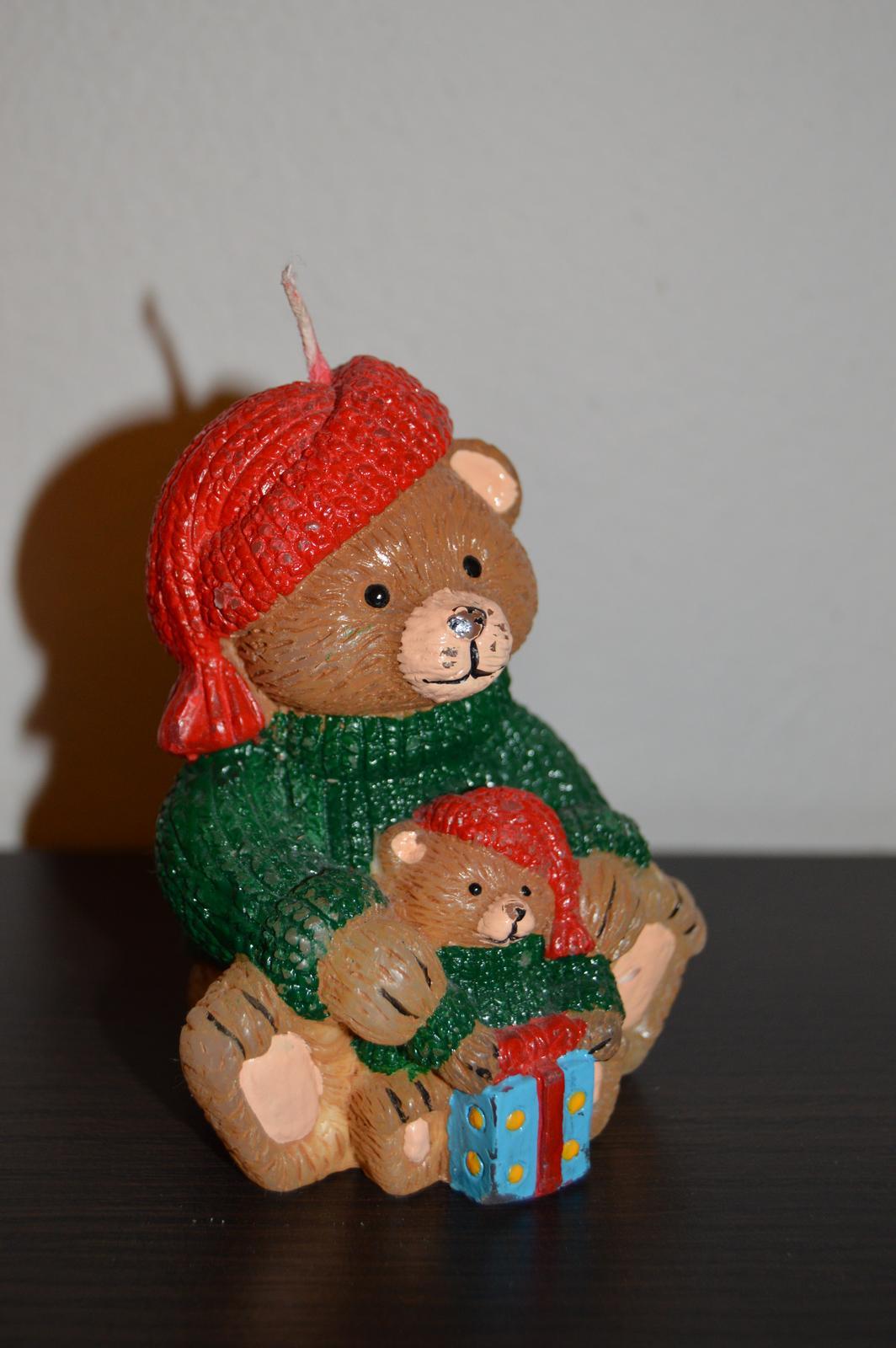 Vianočná sviečka medvedík - Obrázok č. 1