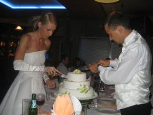Krájame tortičku