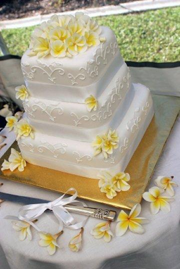 Svadobne torty, zakusky - Obrázok č. 28