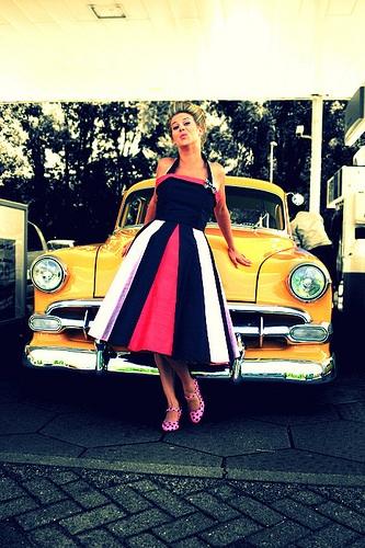 Retro šaty - Obrázok č. 50