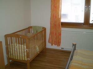 Prozatimní ložnice (potom to bude obývací pokoj) - 2010