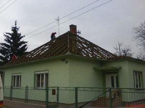 rozoberanie strechy