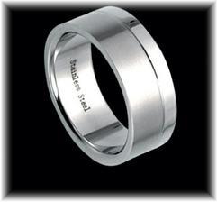..snubní prsten pro ženicha..