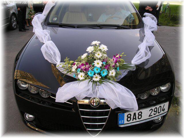 Katka a Jindra (8.8. 2008) - OBJEDNANÝ TYL NA AUTO