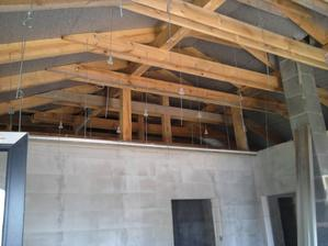 jún 2012 - strecha nad obývačkou