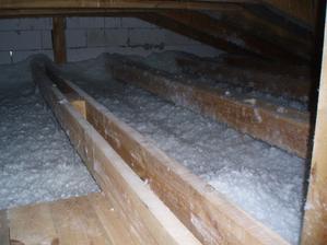 august 2012 - fúkaná minerálne izolácia