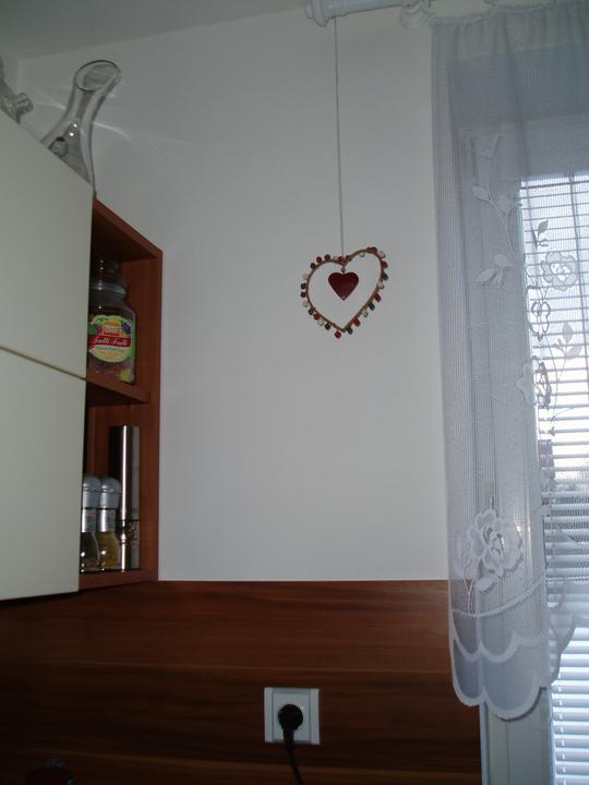 Detaily, dekorace... - srdíčko v kuchyni
