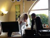 Svatební hostina + karaoke.