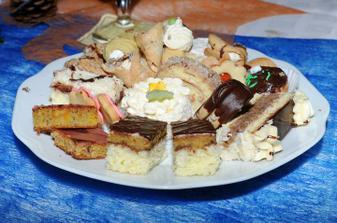 svatební cukroví, jíme doteď:-)