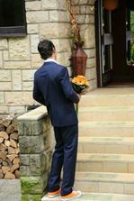 Fotopříběh-část 1....ženich chce poprvé spatřit nevěstu...