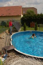 kdyby nebylo bazénu, tak bysme se tu všechny děti unudily k smrti....citace mojí švagrové (13let)