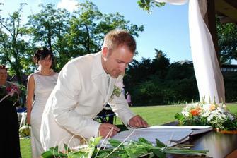 ..a pan V... autogram