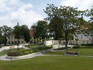 Místo obřadu - Kladenská zámecká zahrada