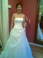 já v mých svatebních šatičkách