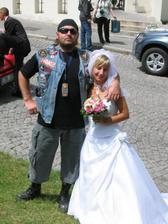 nevěsta s motorkářem Davidem