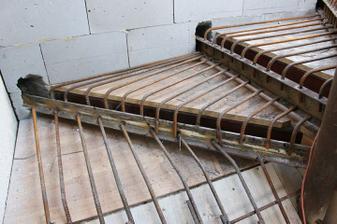 nase protiatomove schody :)))