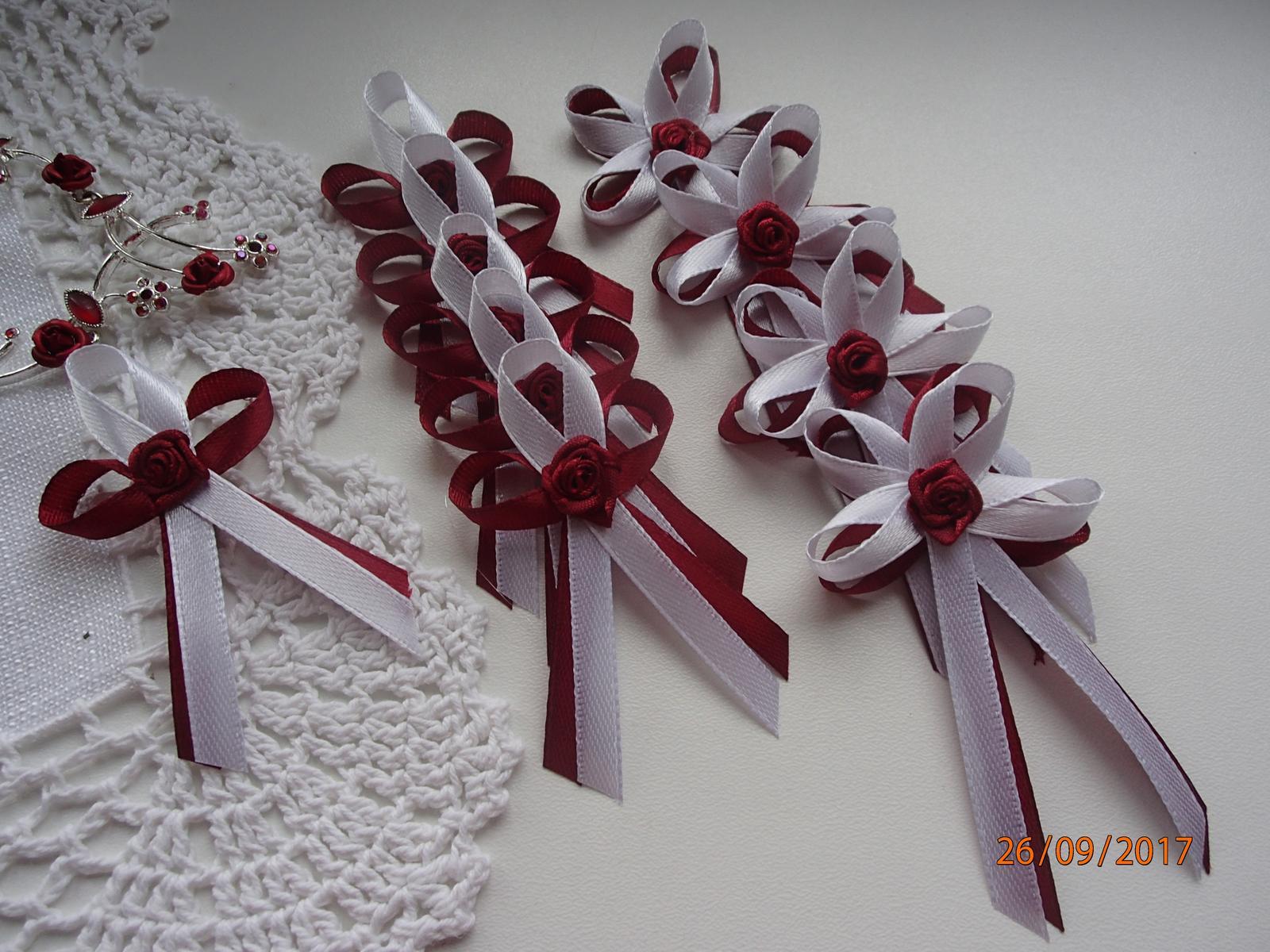 Svatební vývazky, polštářky, ozdoby do vlasů a podvazky... - Obrázek č. 3