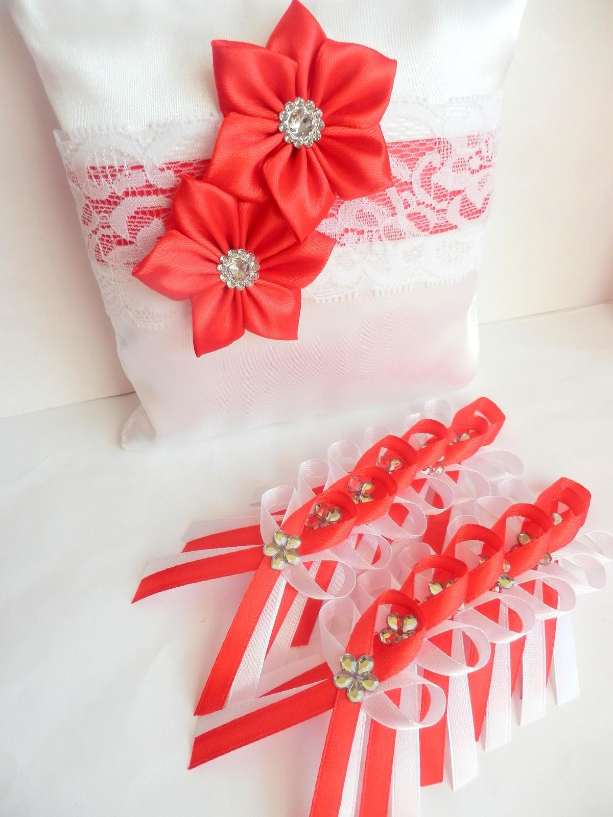 Svatební vývazky, podvazky, polštářky, náramky... - Obrázek č. 10