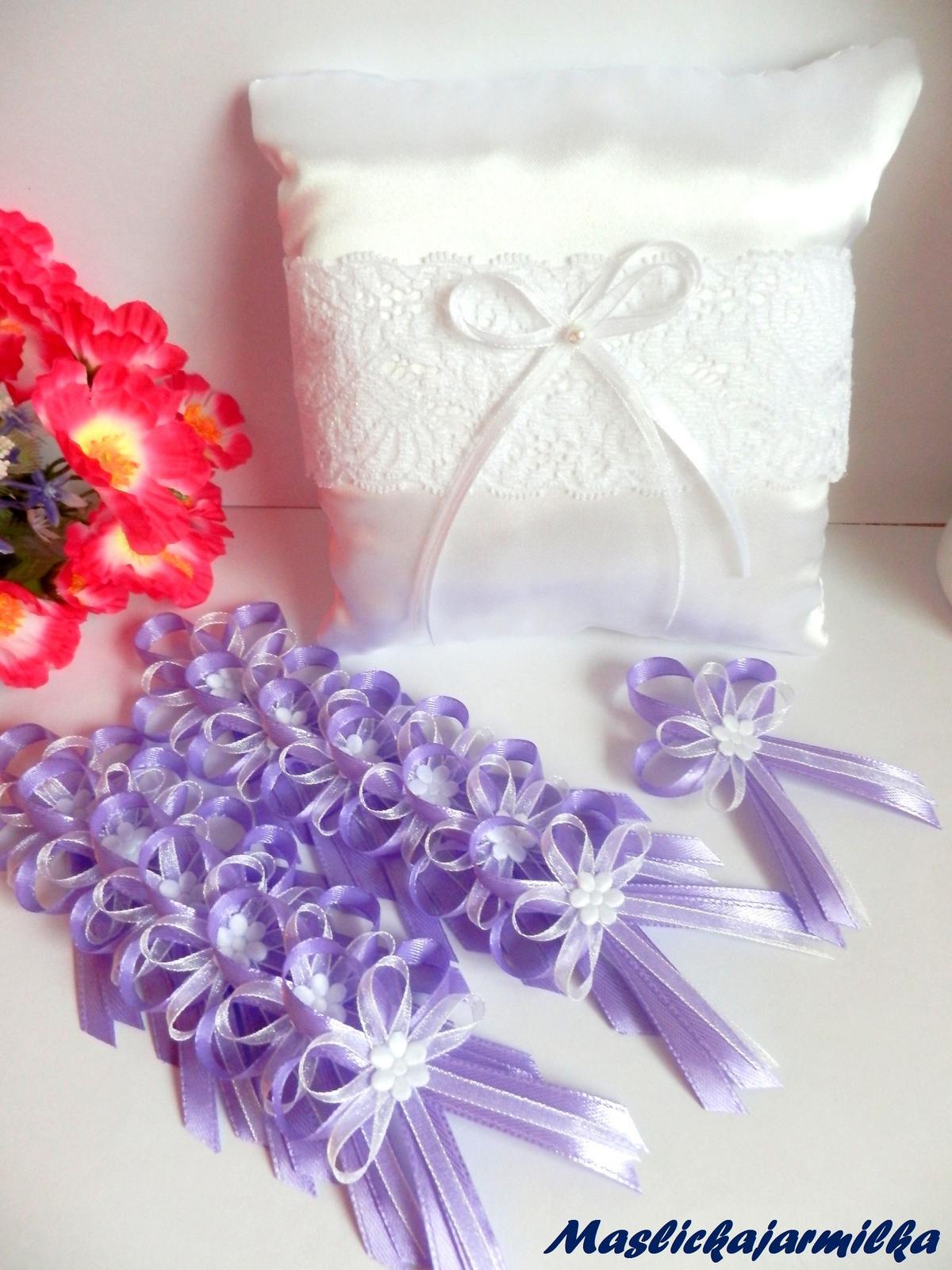 Svatební vývazky, podvazky, polštářky pod prstýnky, náramky.. - Obrázek č. 14