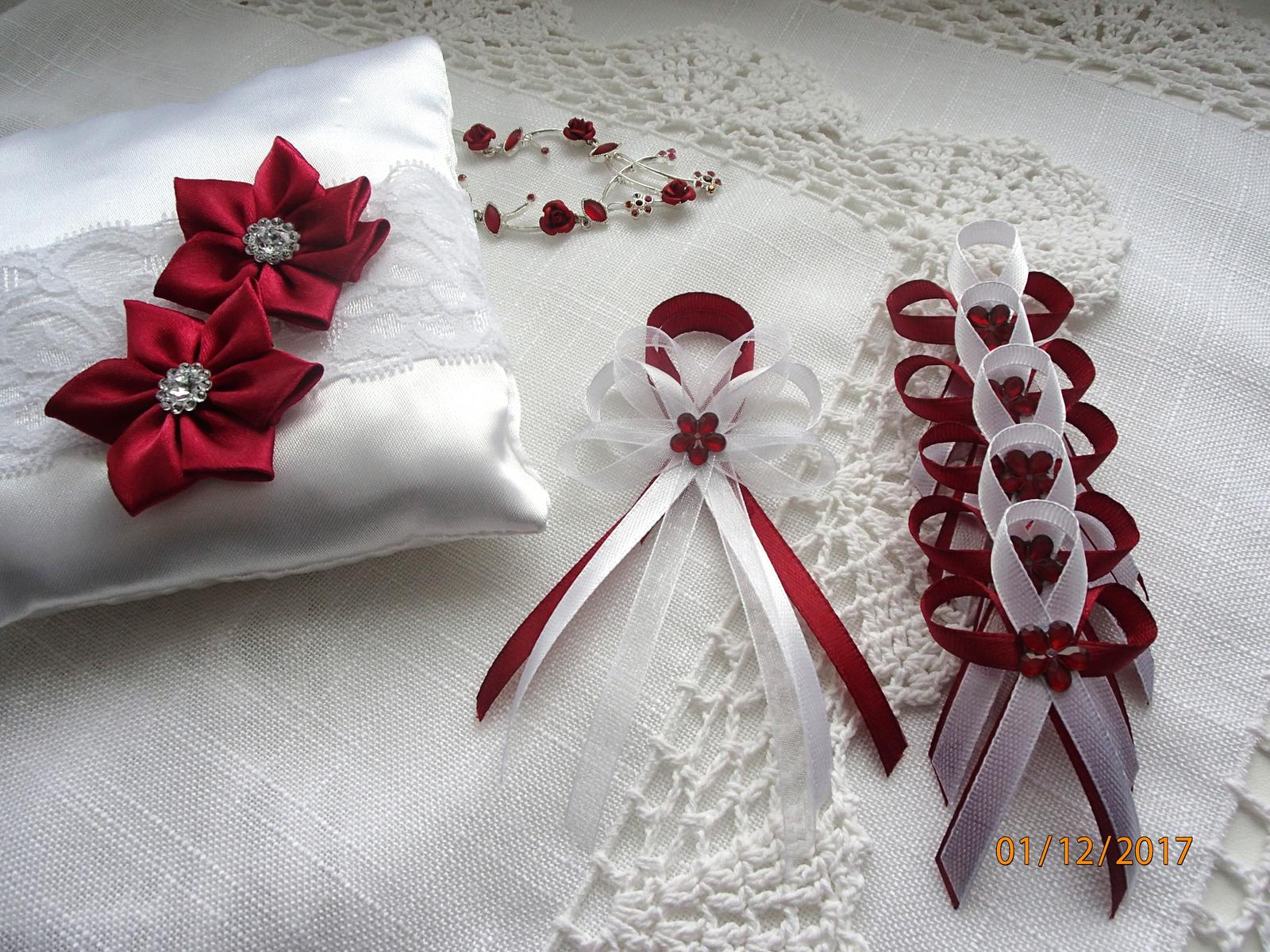Svatební vývazky, podvazky, polštářky, náramky... - Obrázek č. 65