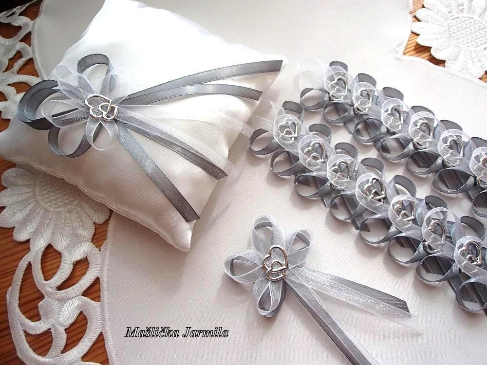 Svatební vývazky, podvazky, polštářky pod prstýnky, náramky.. - Obrázek č. 63
