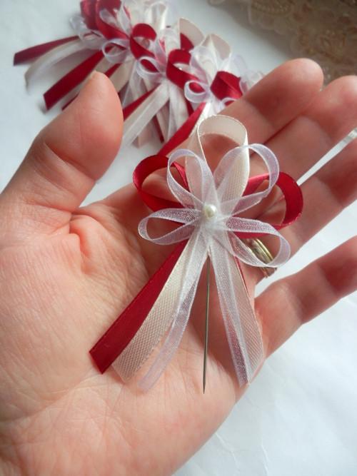Svatební vývazky, podvazky, polštářky pod prstýnky, náramky.. - Obrázek č. 108