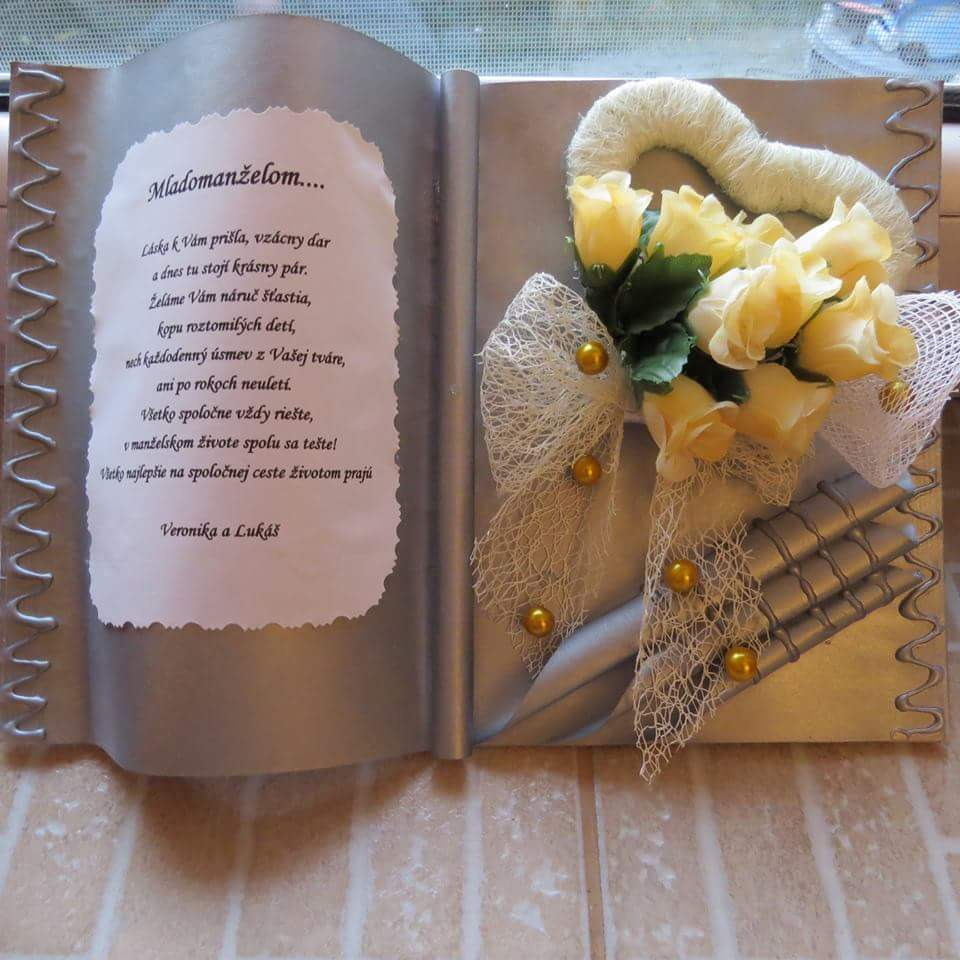 Ďalšia gratulačná kniha z mojej dielne :) - Obrázok č. 2