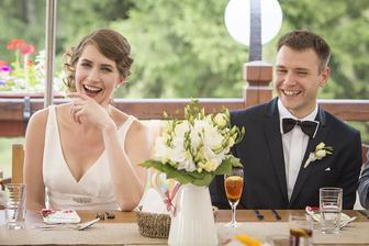 Celou svatbu jsme byli takto vysmátí