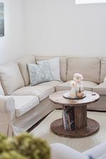 Nový koberec a s ním aj nový príspevok na blogu: http://www.houseof30roses.sk/2018/10/zariadovanie-domu-nocna-mora-alebo.html