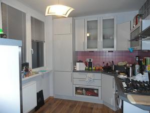 kuchyň a postupné vybalování