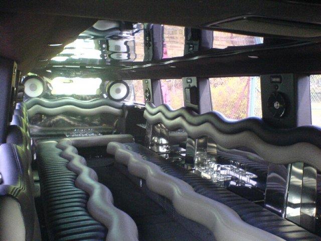 Klára a Tomáš 11.8.2006 - přidávám ještě nějaké fotečky ze svatby,  které se nevešly do svatebního alba, takhle vypadalo moje autíčko uvnitř :-)))