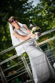 Svadobné šaty s vlečkou , 36